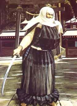 Ein Kriegermönch (Sohei) des Enryakuji-Klosters des Berges Hiei (bei Kyoto). Die Sohei spielten über Jahr- hunderte hinweg eine tragende Rolle in den politischen und militärischen Auseinander- setzungen Japans. Sie stellten große Heere auf und kämpften sowohl auf Seiten der Minamoto wie auch der Taira (je nachdem welchem Kloster sie angehörten). Erst Oda Nobunaga brach ihre Macht endgültig.